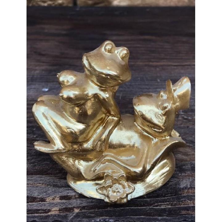 Статуэтка «Лягушки любви»