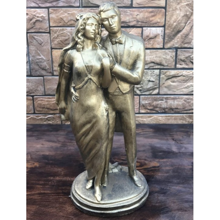Статуэтка жениха и невесты
