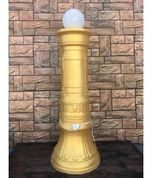Колонна со светильником
