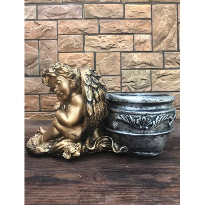 Статуэтка «Ангел с вазой»