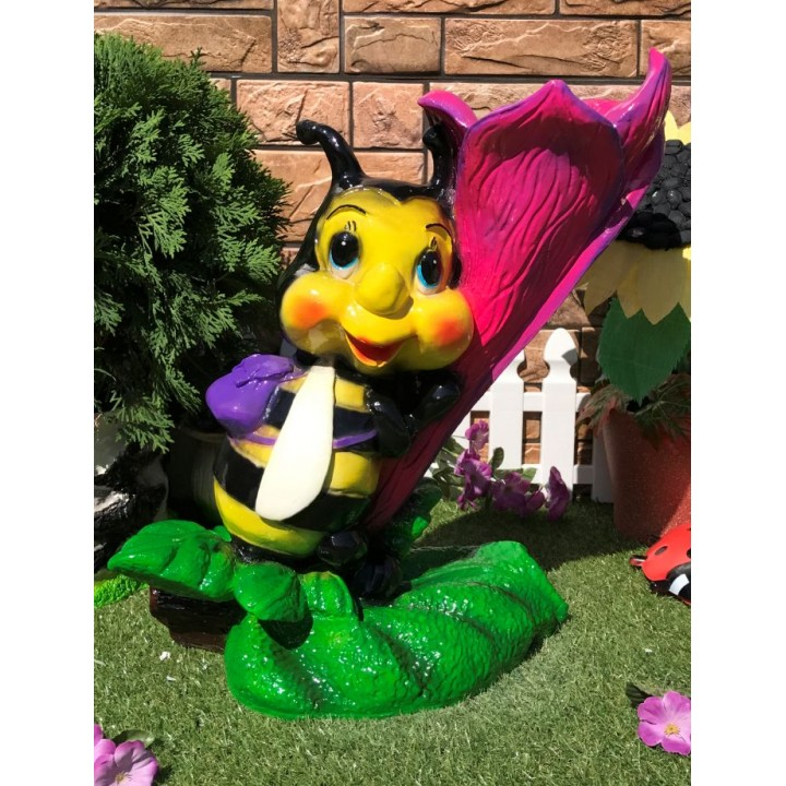 Кашпо Пчела на цветке