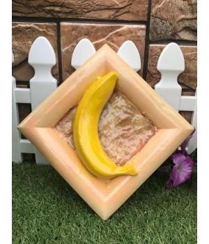 Статуэтка настенная «Банан»
