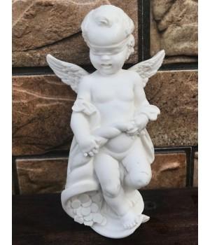 Статуэтка «Ангел с рогом изобилия»
