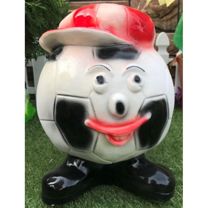 Копилка в виде футбольного мяча