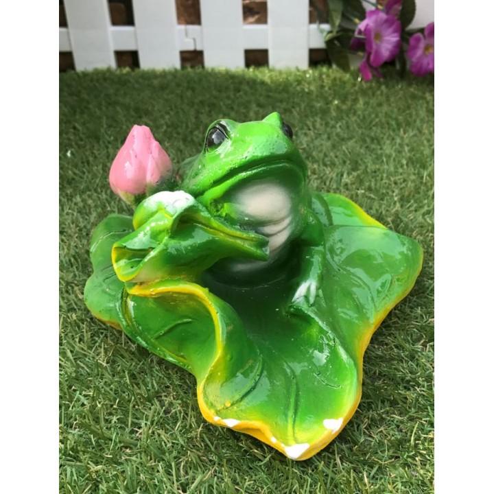 Садовая фигура жабы