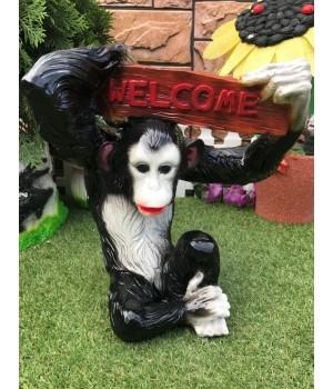 Садовая фигура Обезьяна «Welcome»