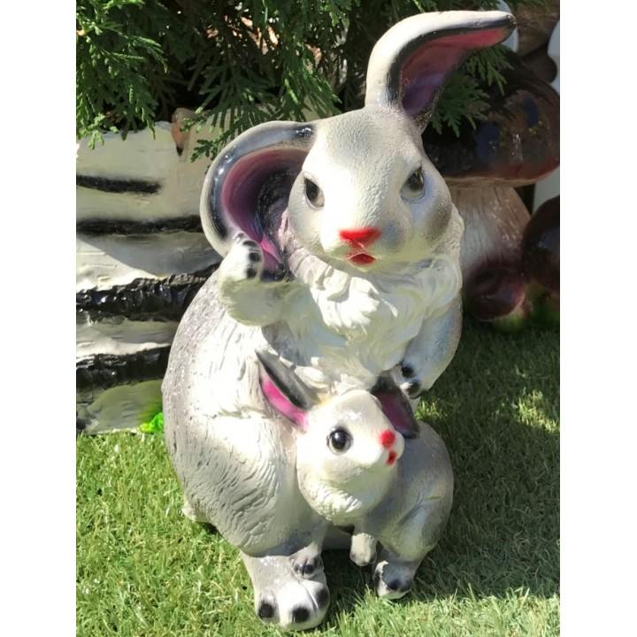 Копилка в виде зайца