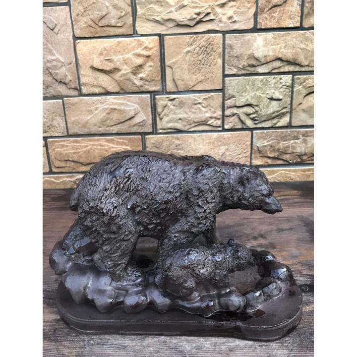 Статуэтка медведицы с медвежонком