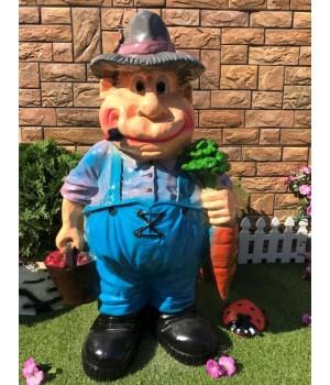 Садовая фигура Мужичок с урожаем