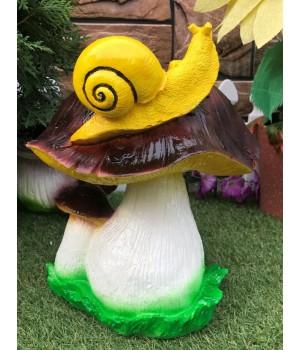 Садовая фигура Гриб с улиткой