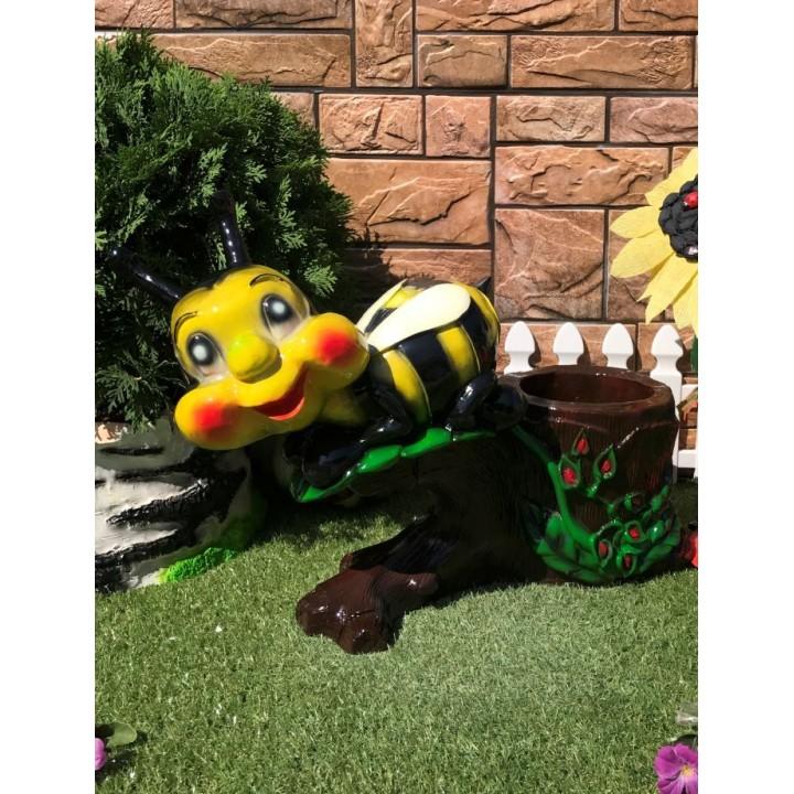 Кашпо Пчела на пне